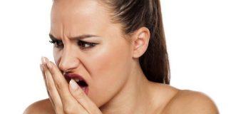 Tudo o Que Você Precisa Saber Sobre o Hálito Forte da Dieta Cetogênica